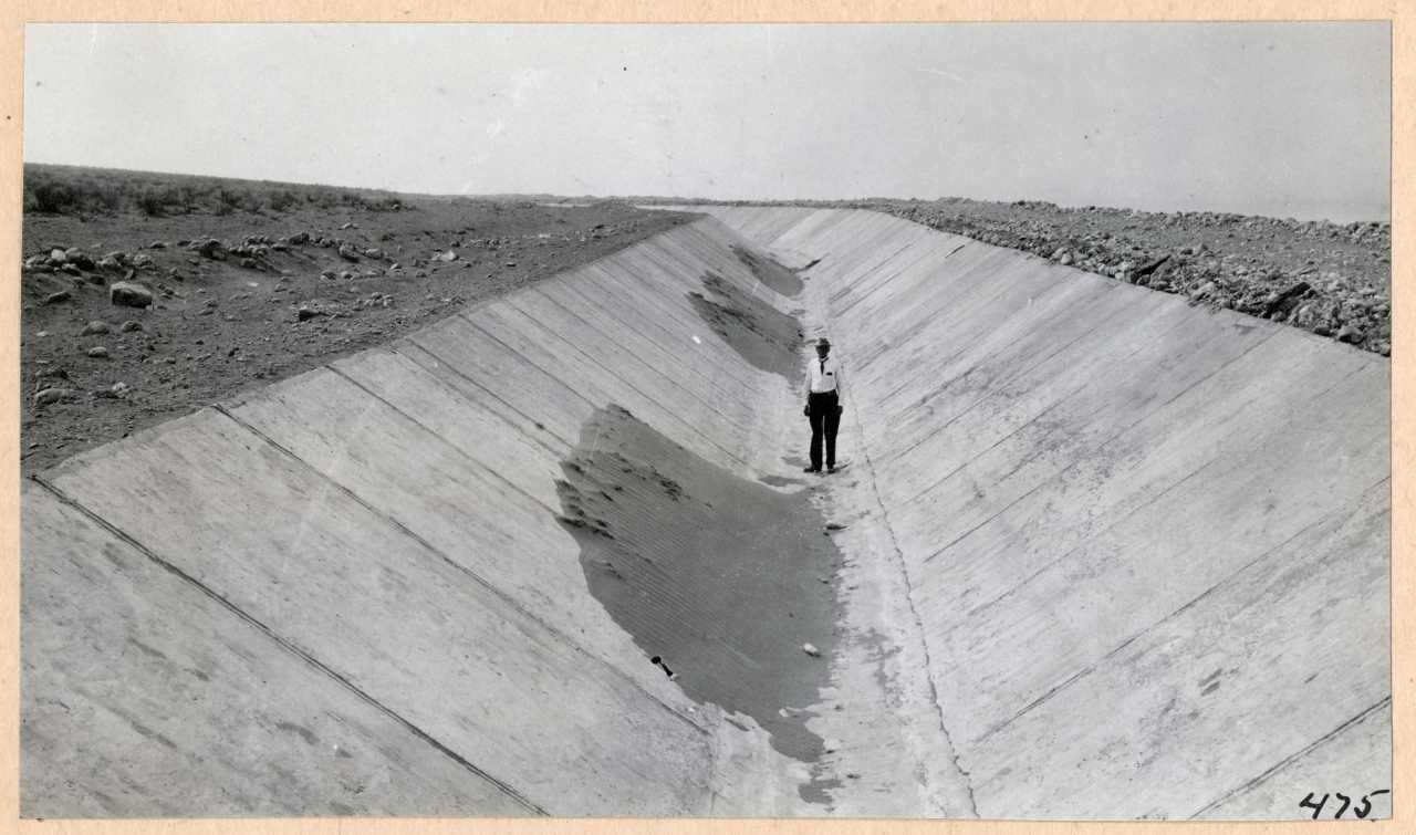475-Canal completed. 1914.